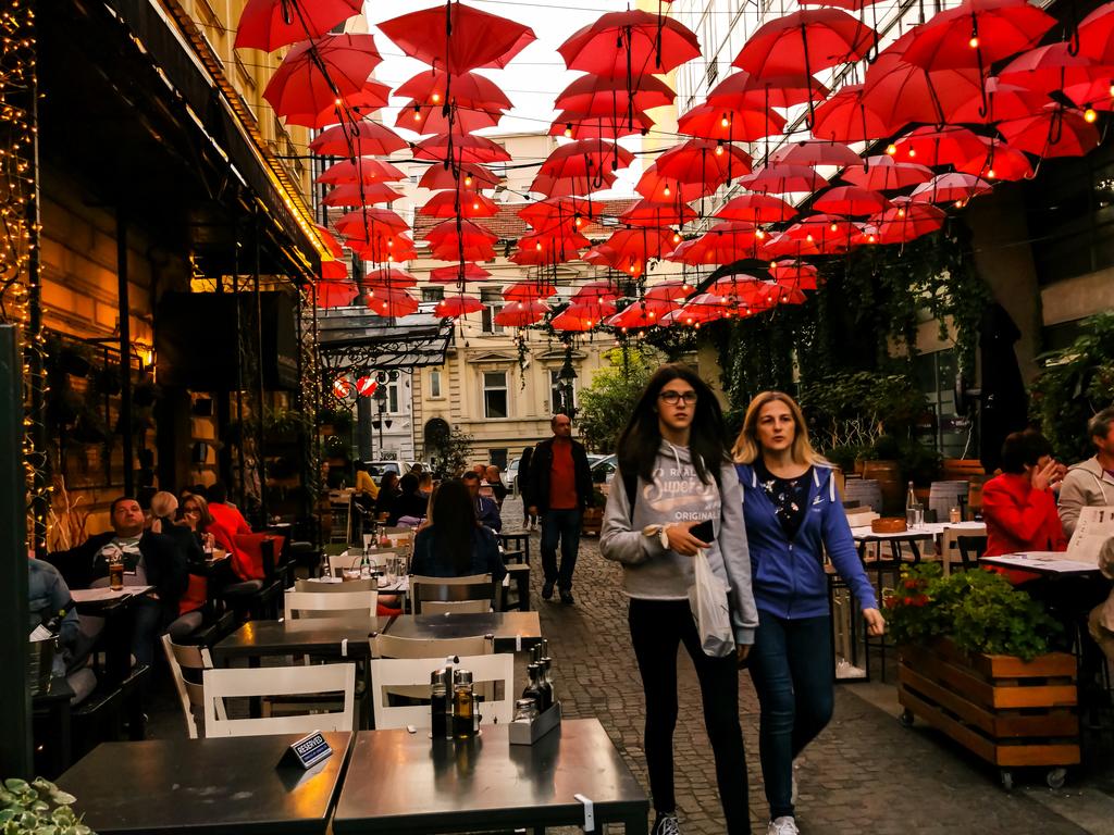 Belgrad: Stadtführung und Streetfood-Tour, Radtour durch Neu-Belgrad und Zemun