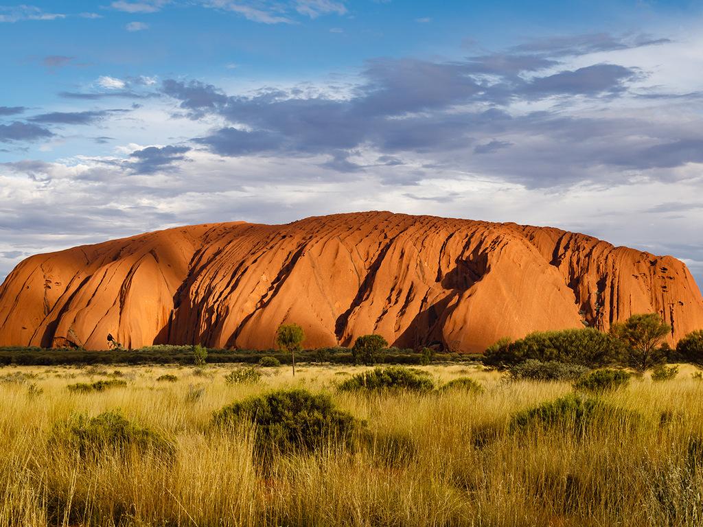 Ayers Rock – Cairns: Wanderung mit Aborigine am Fuße des Ayers Rock, Flug