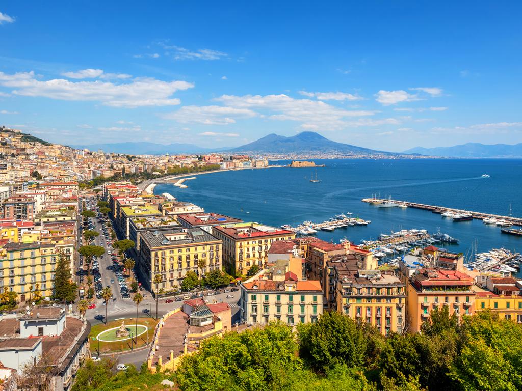 Neapel: Stadtrundgang mit Besichtigungen, nachmittags Panoramafahrt