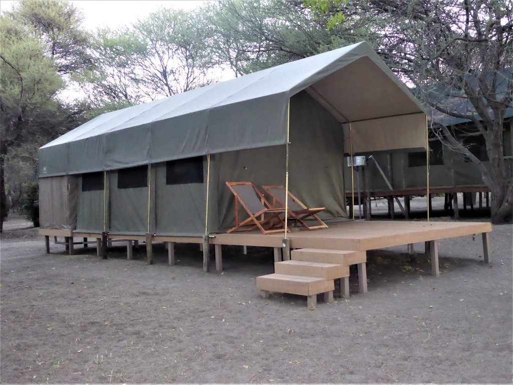 Kigelia Adventure Tented Lodge *** am Okavango-Fluss/West-Delta