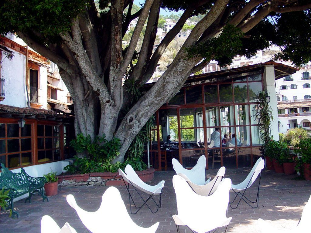 Hotel Victoria **(*) in Taxco