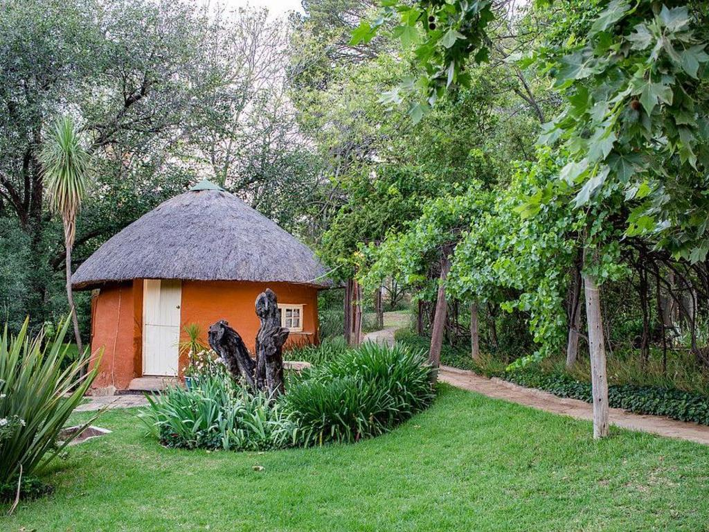 Trading Post Lodge **(*) in Lesotho