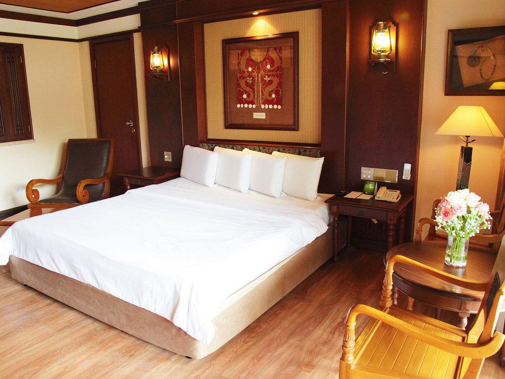 Damai Beach Resort ***(*) in Teluk Bandung