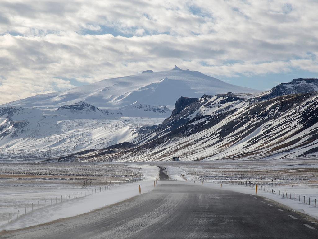 Stykkisholmur – Snaefellsjökull – Stykkisholmur: Wanderung durch die Vulkanlandschaft des Snaefellsjökull, Strandspaziergang