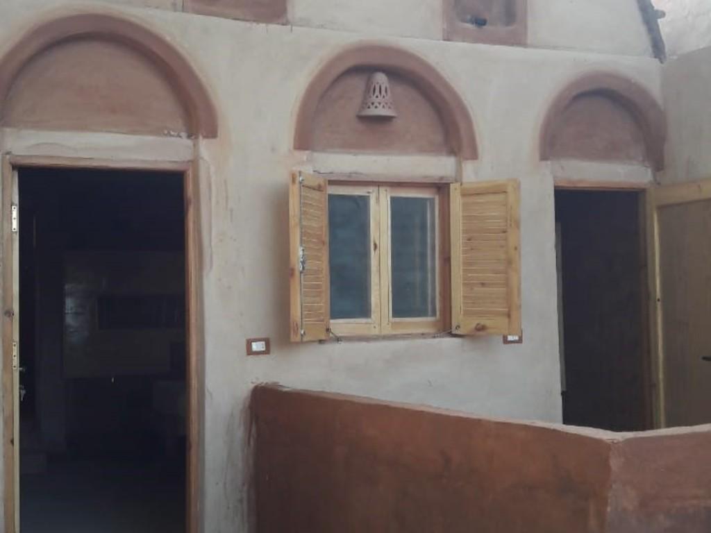Eskaleh *** in Abu Simbel