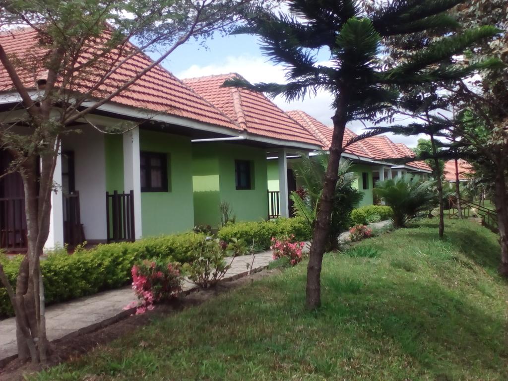 Sahatandra River Hotel *** in Andasibe