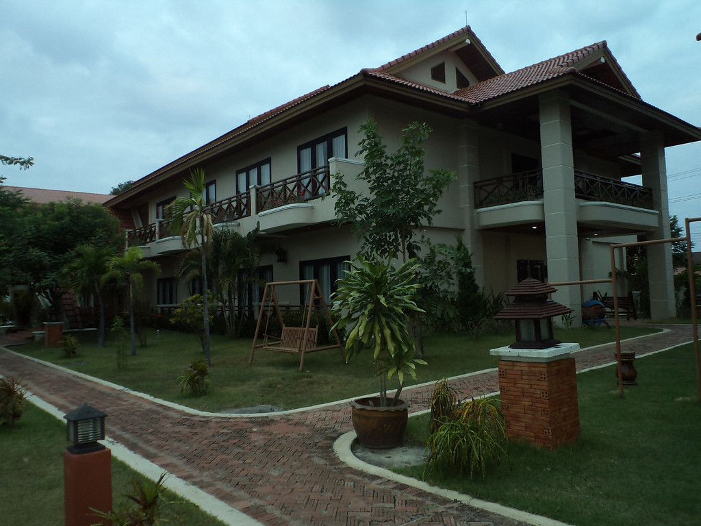 Daosavanh Resort *** in Savannakhet