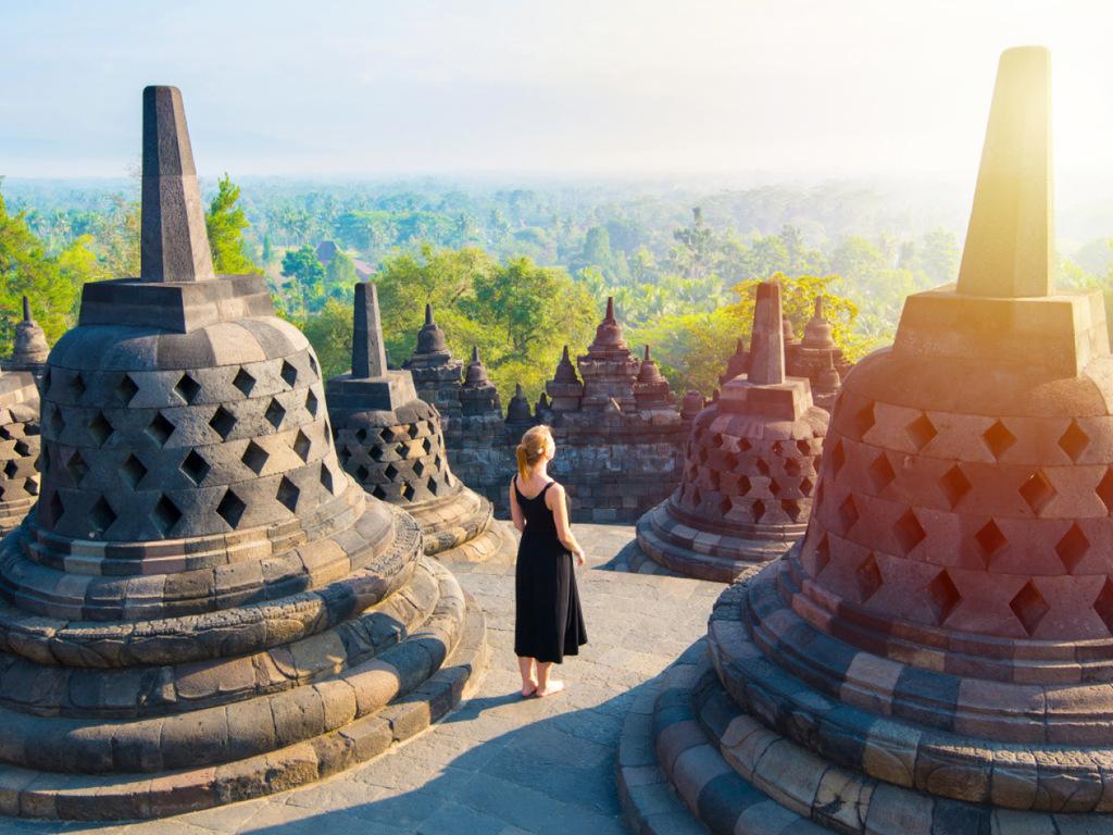 Borobudur – Yogyakarta: Borobudur-Tempel zum Sonnenaufgang, Tempel Pawon und Mendut, Malioboro-Street
