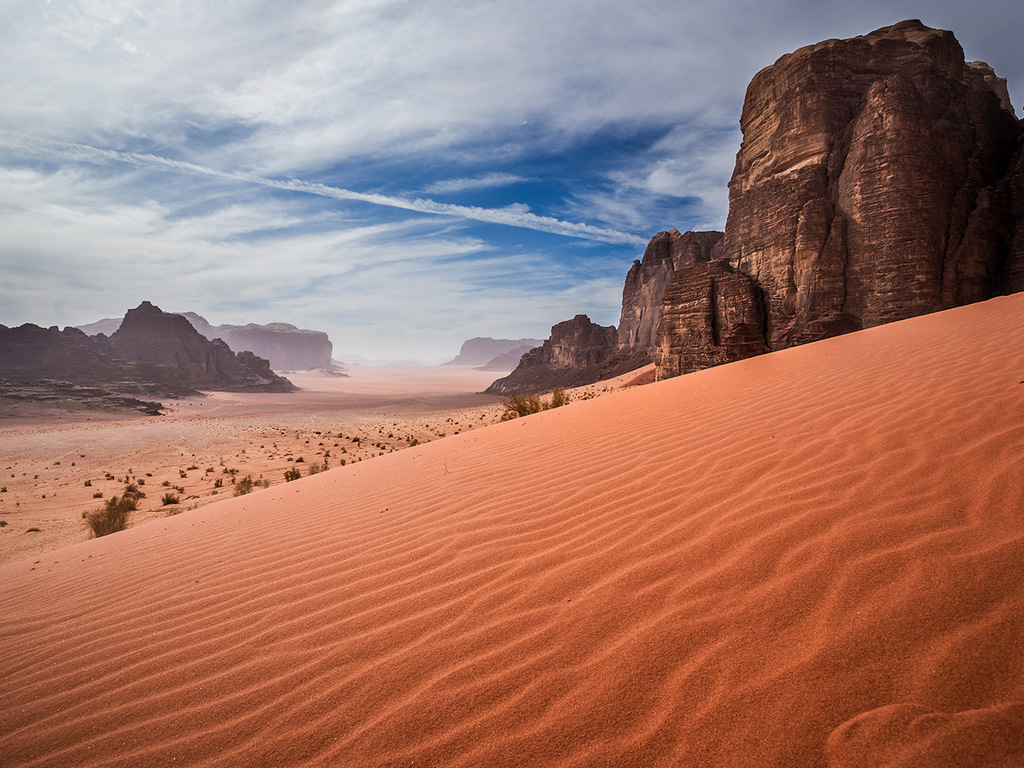 Wadi Rum: Ganztages-Wanderung im Wadi Rum zum Barrah Canyon und zum Jebel Burda