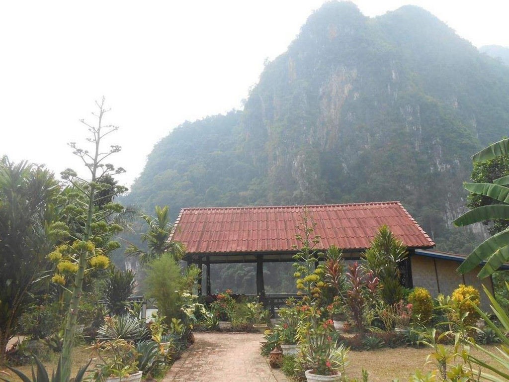 Phaxang Resort **(*) in Nong Khiaw