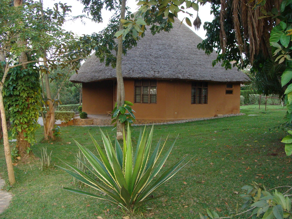 KonTiki *** in Hoima