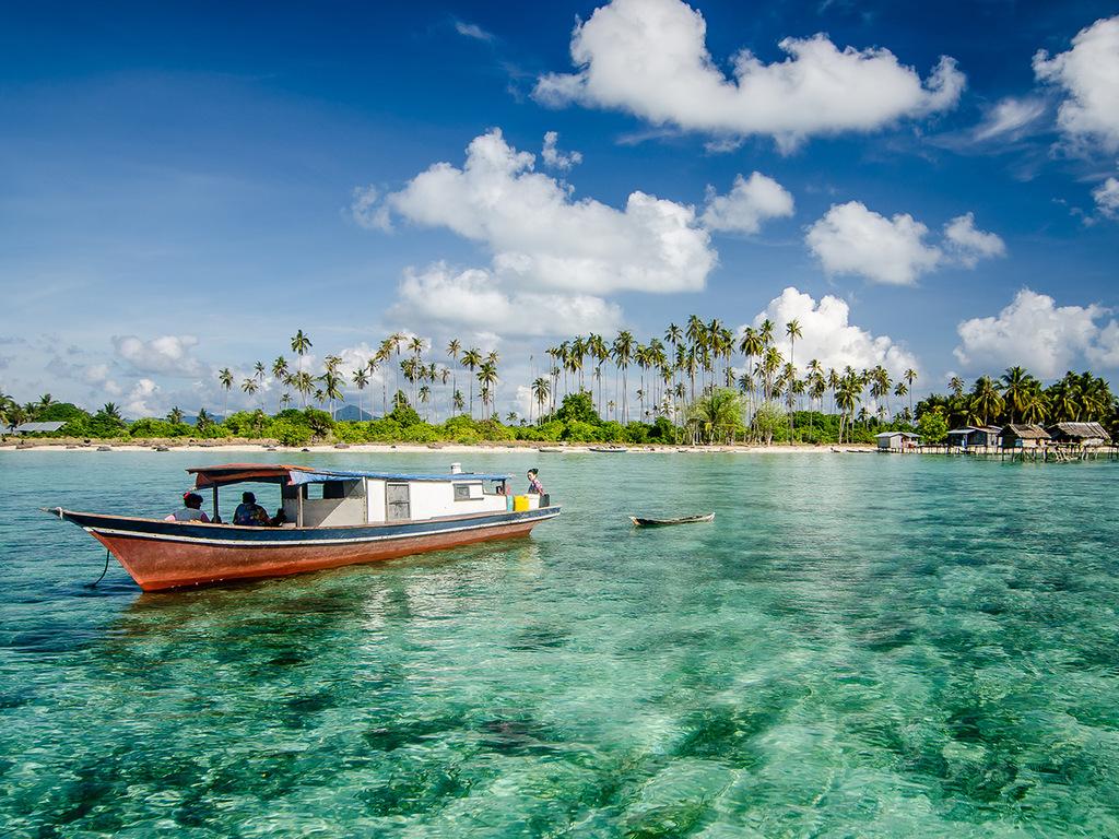 Kota Kinabalu – Deutschland: freier Vormittag, Rückflug über Kuala Lumpur und Muscat oder Istanbul