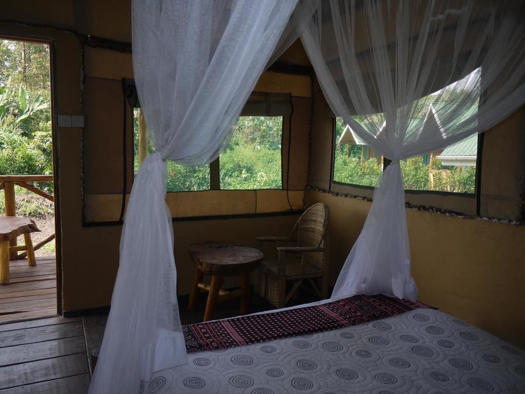 Rweteera Safari Park ** am Kibale Forst N.P.
