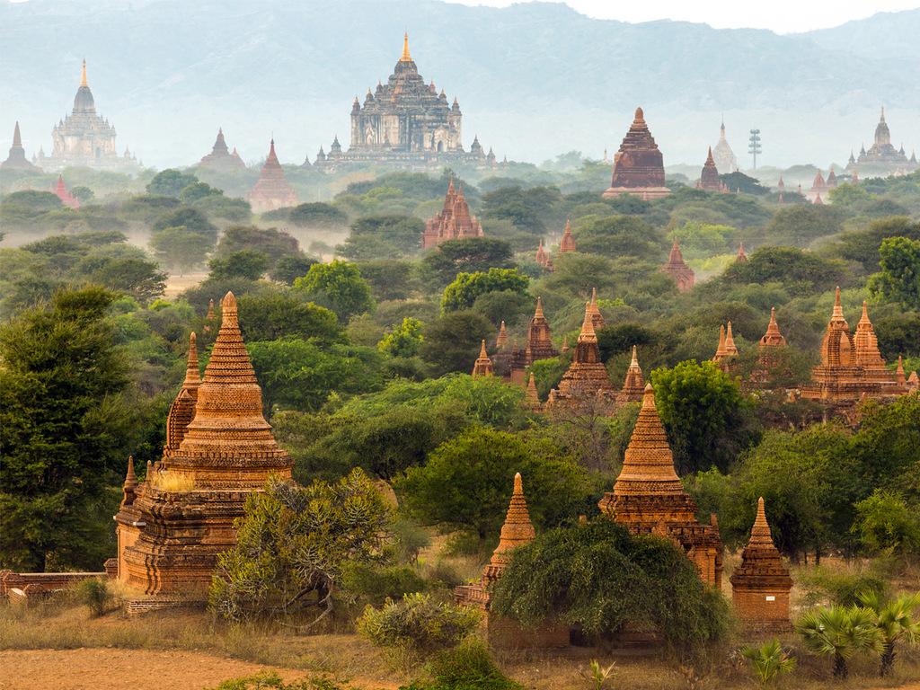 Bagan: E-Bike-Tour durchs Tempelmeer, Manufaktur für Lackarbeiten, Dorfbesuch, Sonnenuntergang von einem Aussichtspunkt