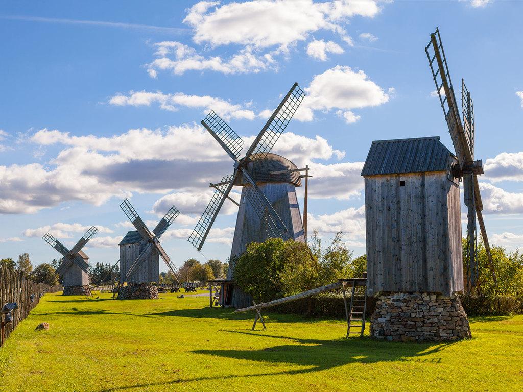Tallinn – Virtsu – Insel Muhu – Kuressaare: Fährfahrt auf die Insel Muhu, Besuch Freilichtmuseum Koguva