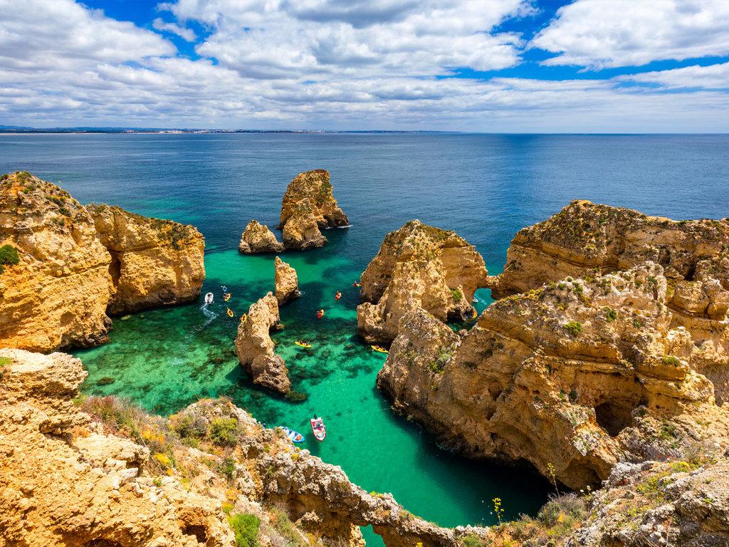Costa Vicentina – Lagos – Silves – Olhão: Fahrt nach Lagos und Wanderung zum Ponta da Piedade, Stadtrundgang in Silves und Weiterreise nach  Olhão