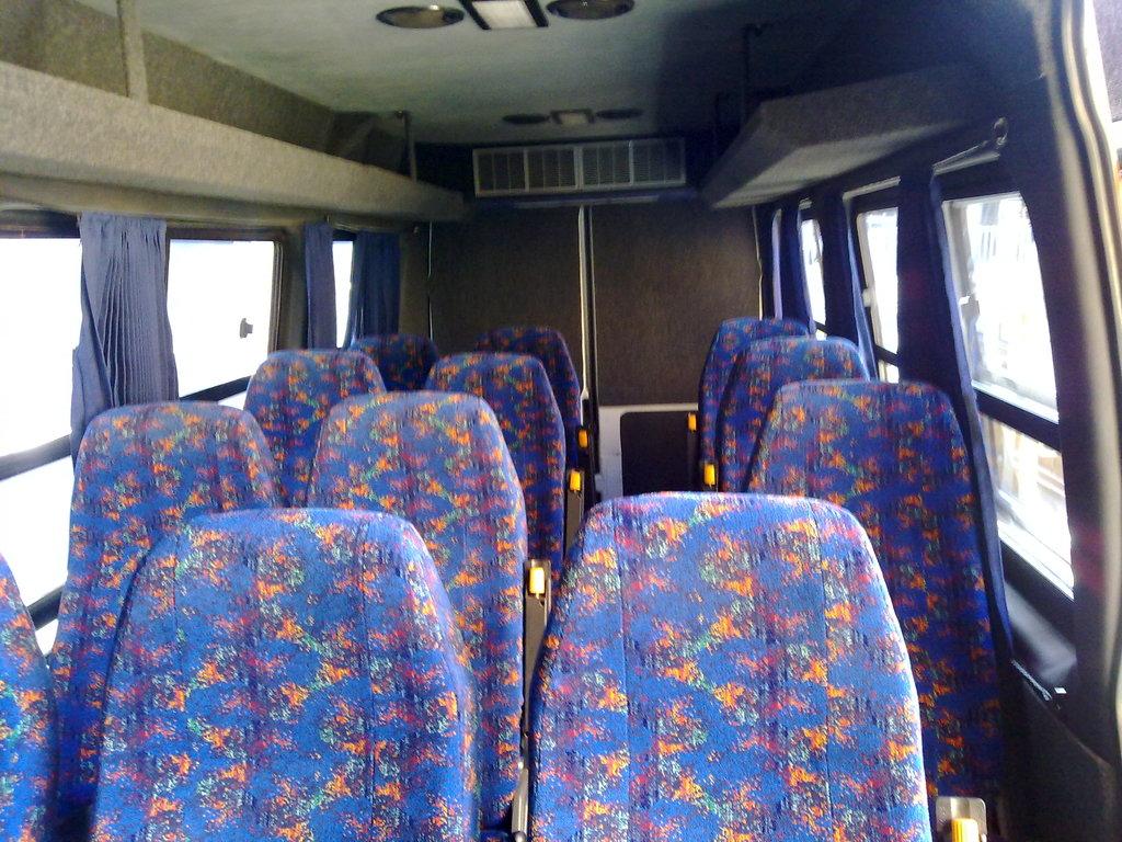 Einer der Innenräume unserer IVECO-Kleinbusse