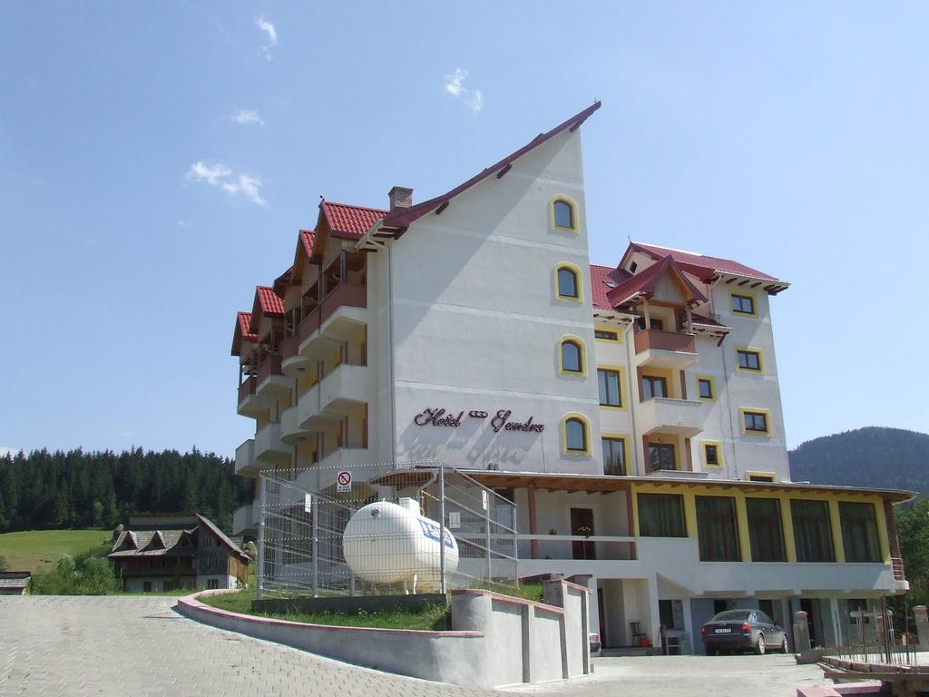 Sandru ** in Campulung Moldovenesc