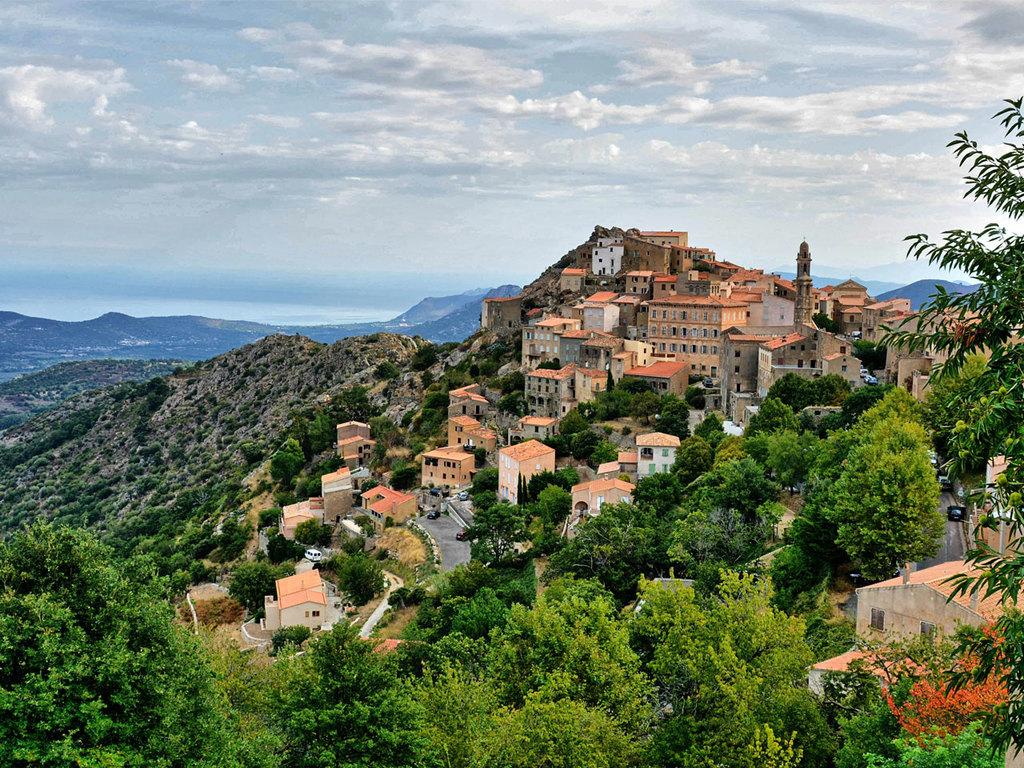 Bastia – Saint Florent – Pigna – Calvi: Weiterfahrt nach Calvi mit Stopp in Saint Florent und Wanderung zum Dominikanerkloster Corbara und dem Ort Aregno
