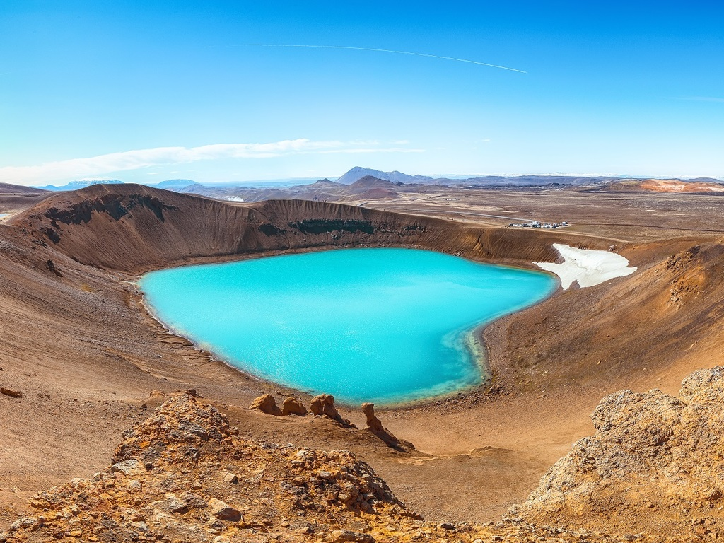 Myvatn-See – Krafla – Lagarfljot-See: Pseudokrater am Myvatn-See, Wanderung bei Krafla auf dem Lavafeld und zum Kratersee, Abendspaziergang am Lagarfljot-See