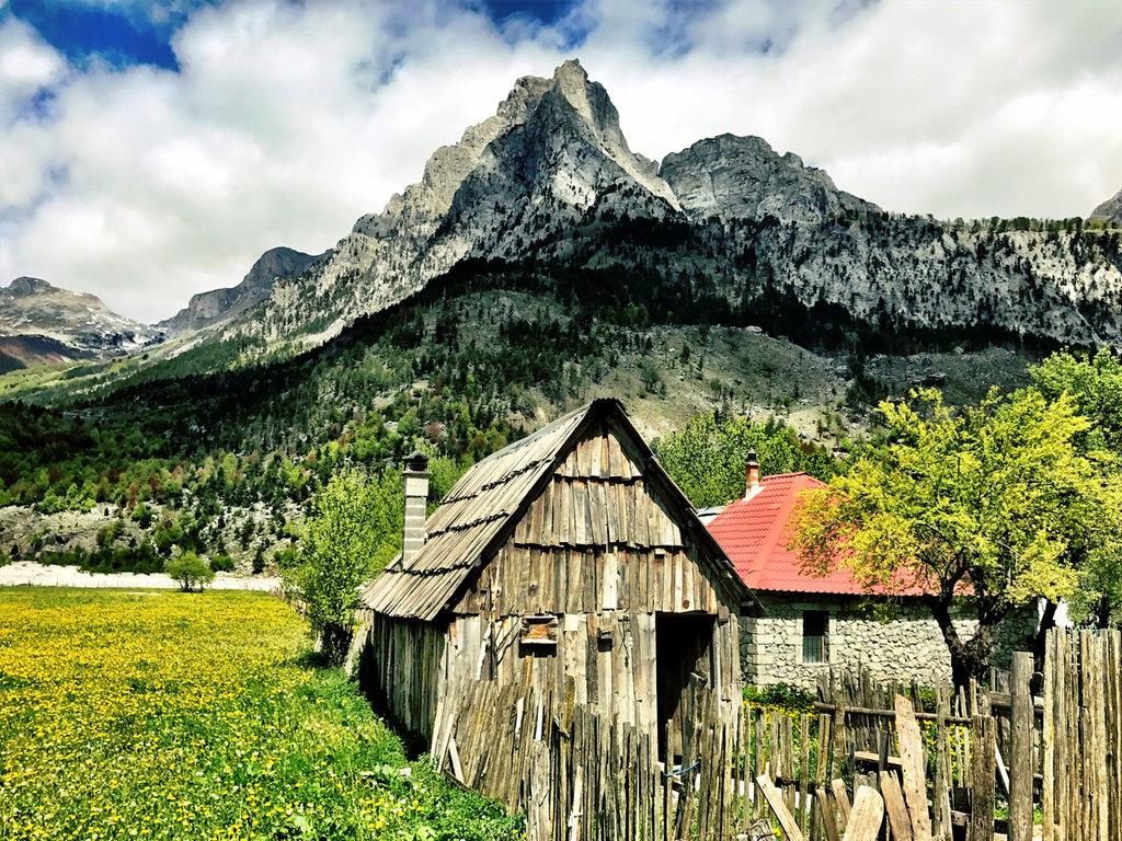 Valbona : Wanderung in das Dorf Kukaj und zurück, Nachmittag freie Zeit in Valbona