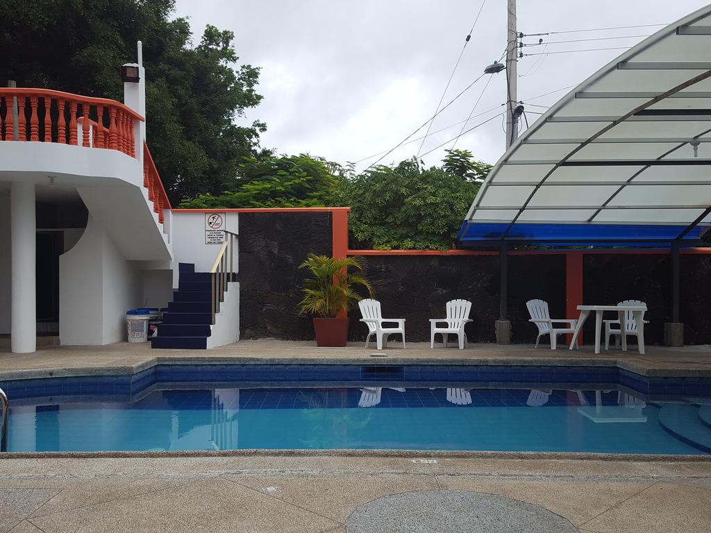 Hotel Deja Vú *** auf Santa Cruz