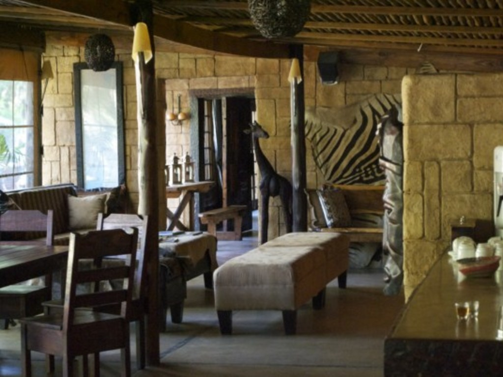 Ezulwini Game Lodge *** in Hluhluwe-Imfolozi Park