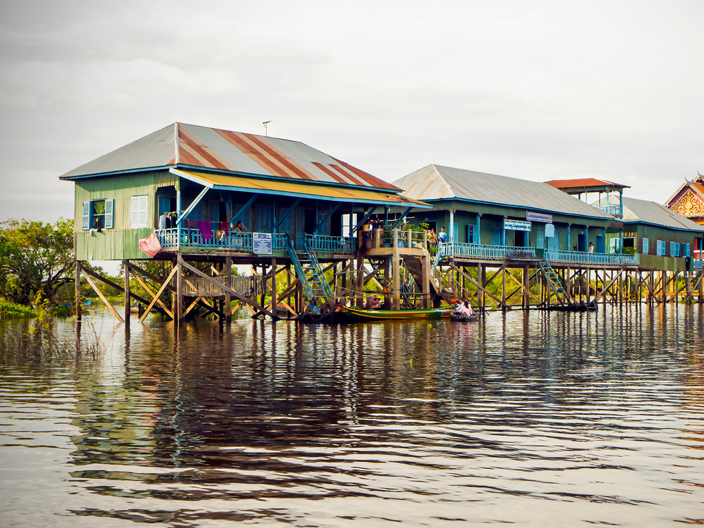 Siem Reap: Banteay Srei-Tempel, Bootsfahrt auf dem Tonle Sap-See, Farewell Dinner mit Tanzshow
