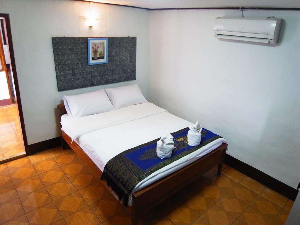 Hotel Gate Way ** in Ban Huay Xai