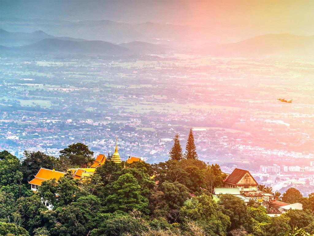 Chiang Mai: Klosterbesuch auf dem Hausberg Doi Suthep, Spaziergang durch die Altstadt, freier Nachmittag
