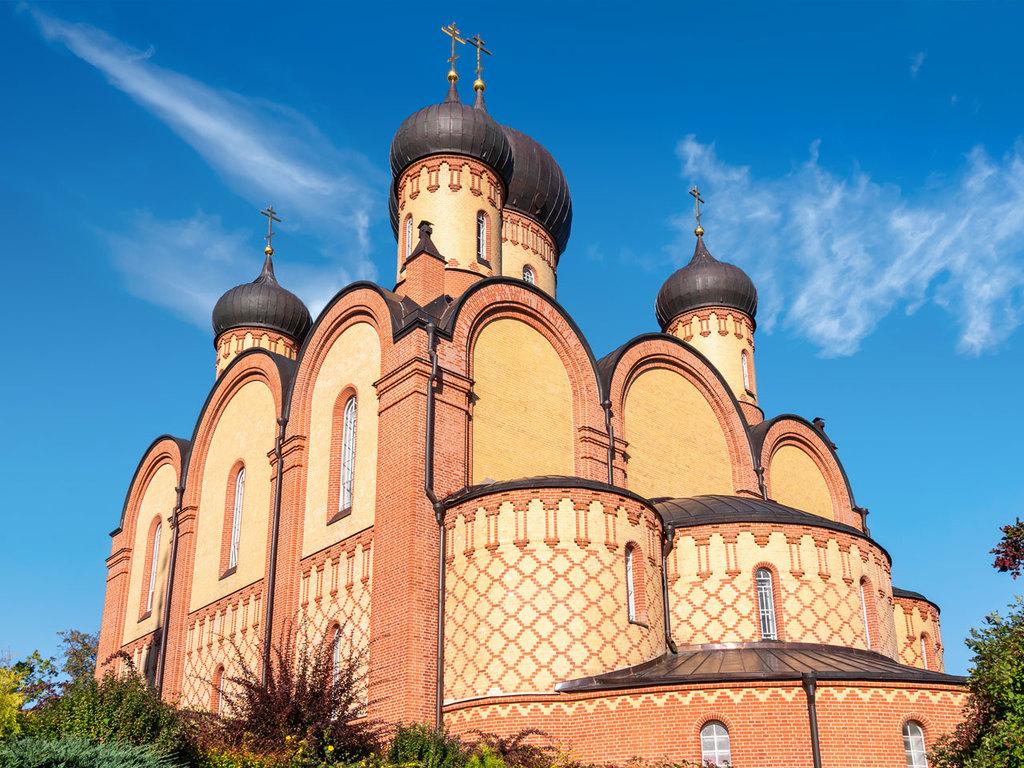 Tartu – Mustvee – Kuremäe – Lahemaa-Nationalpark: Fahrradtour entlang des Peipus-See, Besuch des Nonnenklosters Pühtitsa
