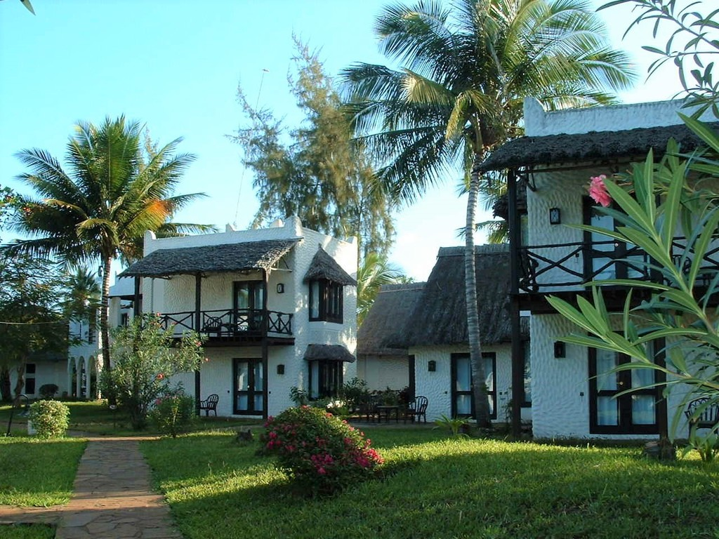Jacaranda Indian Ocean Beach Resort **** in am Diani Beach