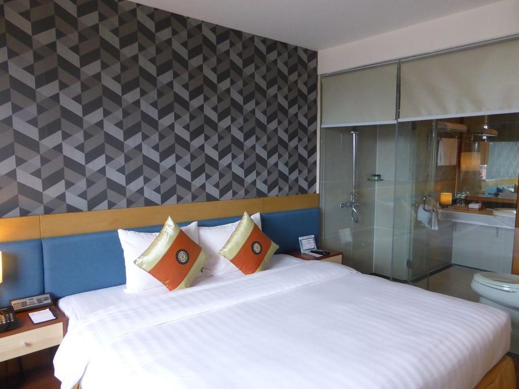Hotel La Casa**** in Hanoi