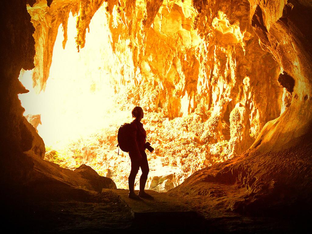 Mulu – Camp 5: Dorf Penan, Höhle des Windes und Clearwater-Höhle, Wanderung zum Camp 5