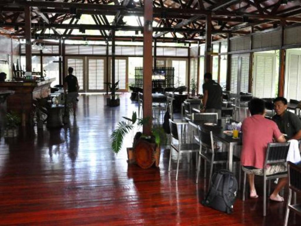 Kinabatangan Wetlands Resort ***(*) in Kinabatangan