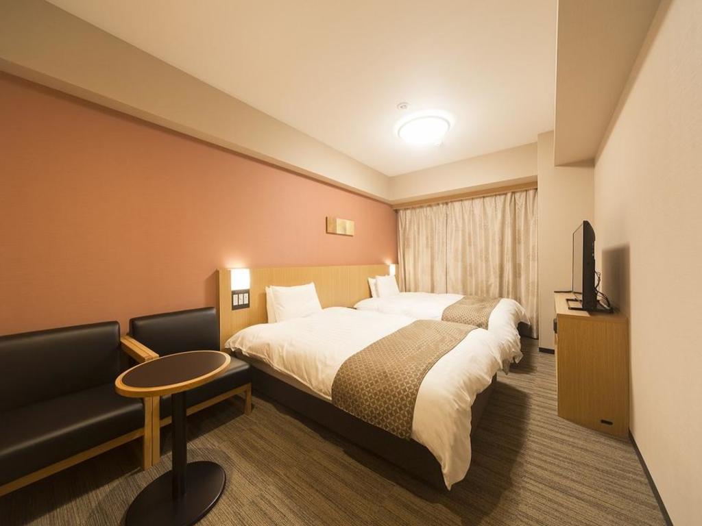 Dormy Inn Premium Tokyo Kodenmacho*** in Tokyo