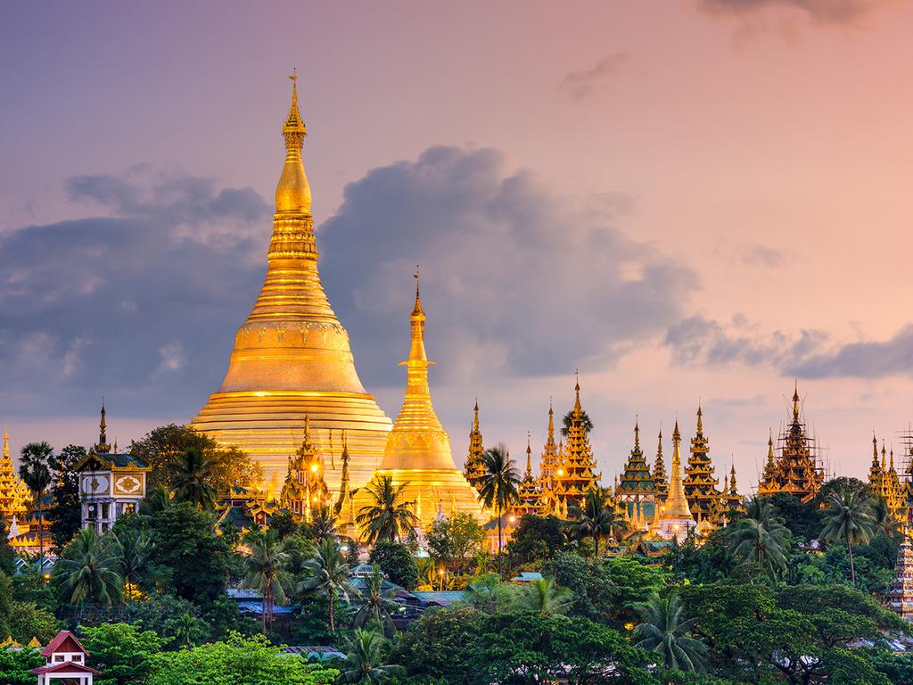 Yangon: Shwedagon-Pagode, Fährfahrt nach Dala, Stadtspaziergang