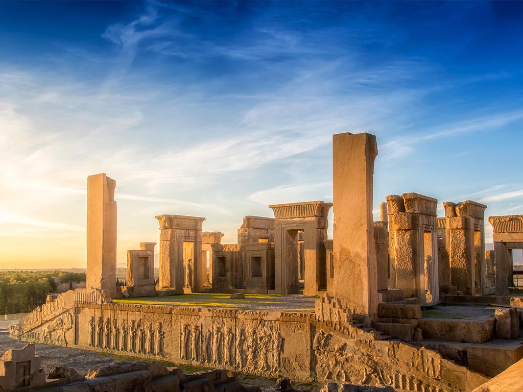 Yazd – Pasargad – Persepolis – Schiras: Besichtigungen von Pasargad, Persepolis und Naqsh-e-Rostam