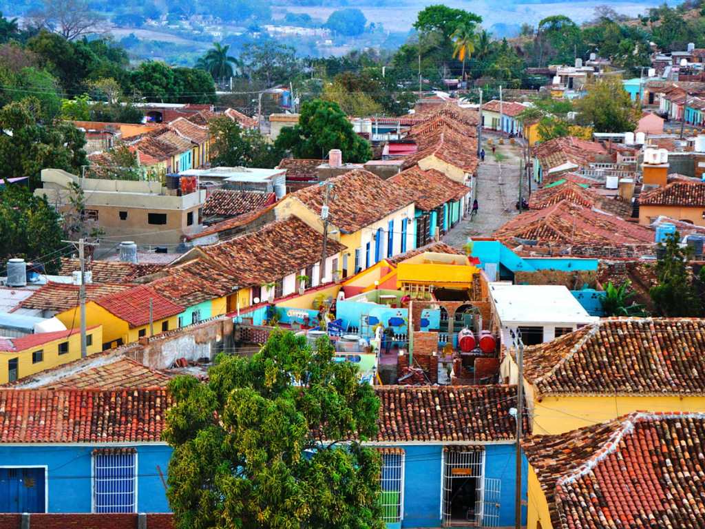 Trinidad : Citytour, Ausflug ins Zuckermühlental, Nachmittag frei