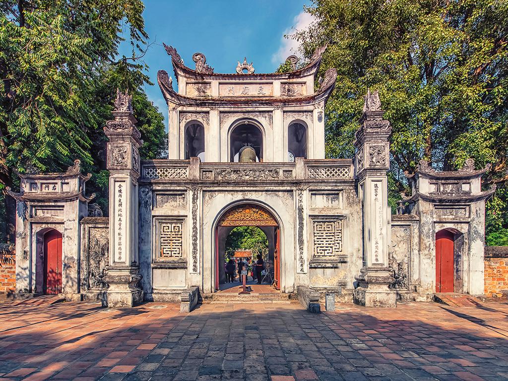 Hoi An – Hué: Cham-Museum in Da Nang, über den Wolkenpass nach Hué, Besichtigung der Zitadelle und der Kulturwerkstatt Luc Bo
