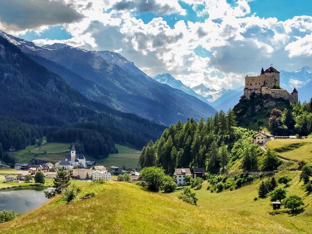 Luzern – Scuol: Panoramafahrt nach Scuol, Wanderung von Tarasp über den Bergsee Lai Nai nach Scuol
