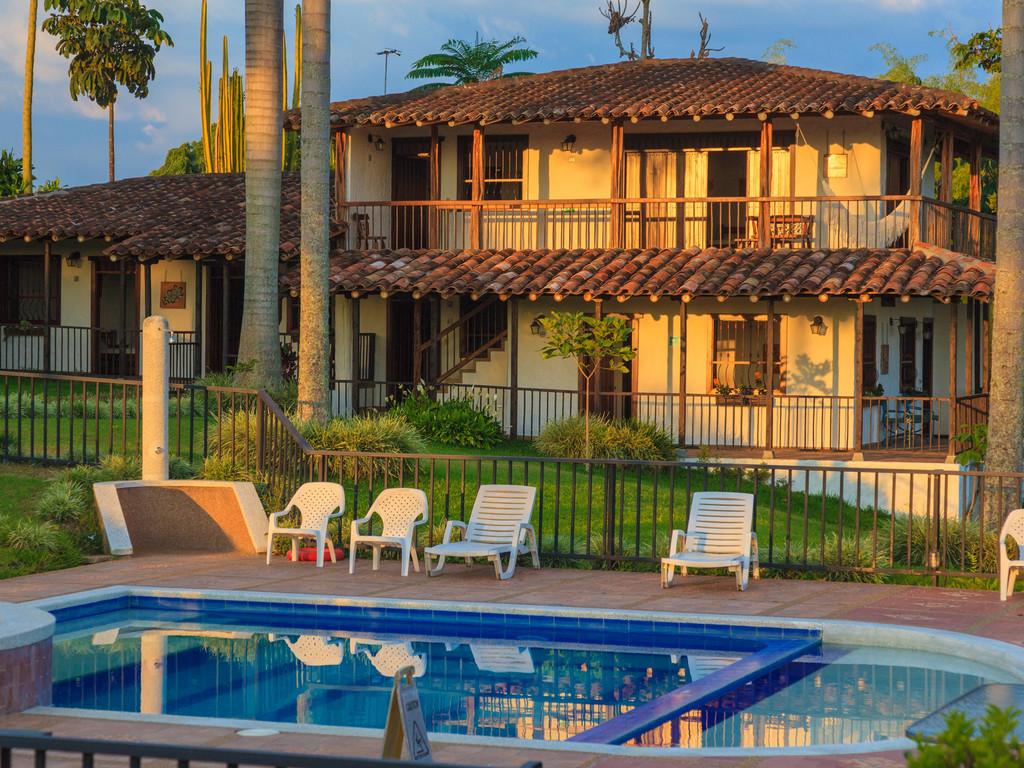 Casa Nogales *** bei Calarca
