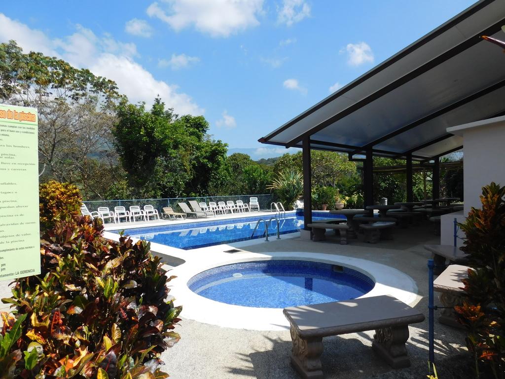 Rancho La Botija ** in San Gerardo de Rivas