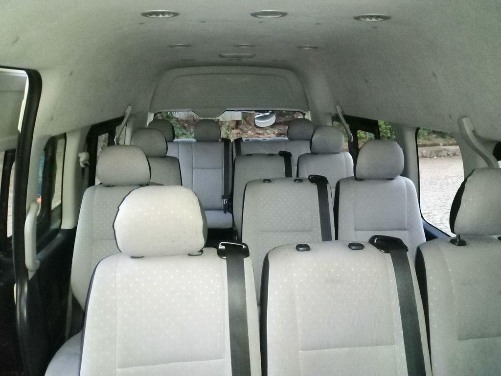 Einer der Innenräume unserer Minivans für kleinere Gruppen