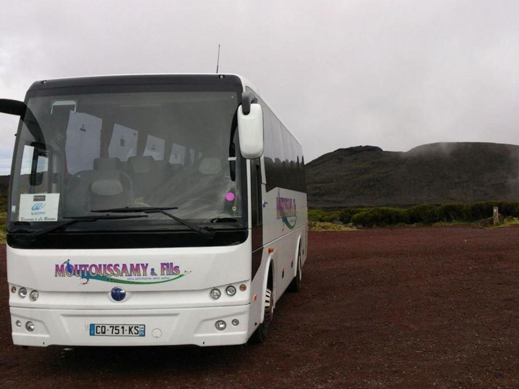 Beispielbild für einen Reisebus auf La Réunion