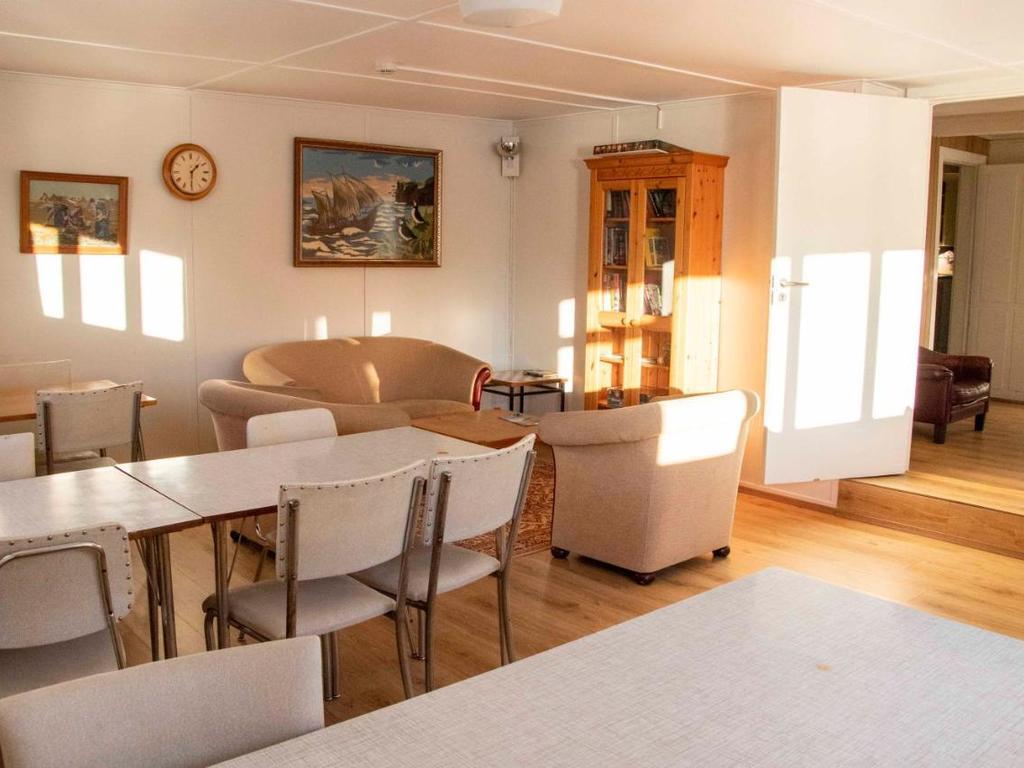 Puffin Hostel  in Vik