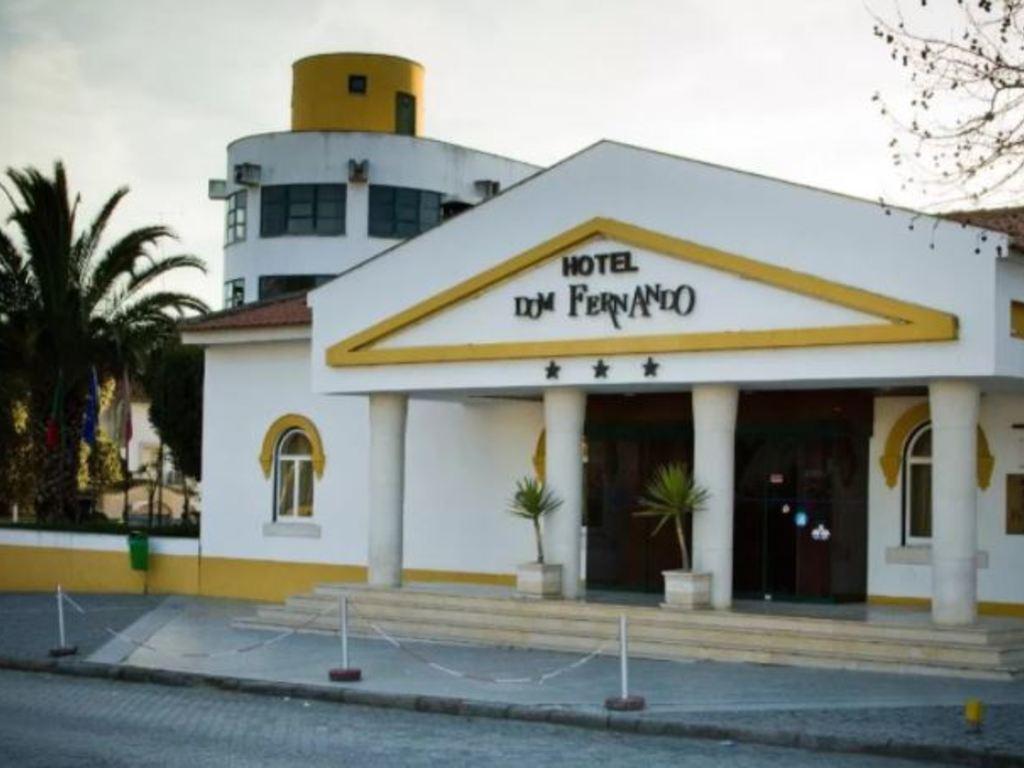 Dom Fernando *** in Évora
