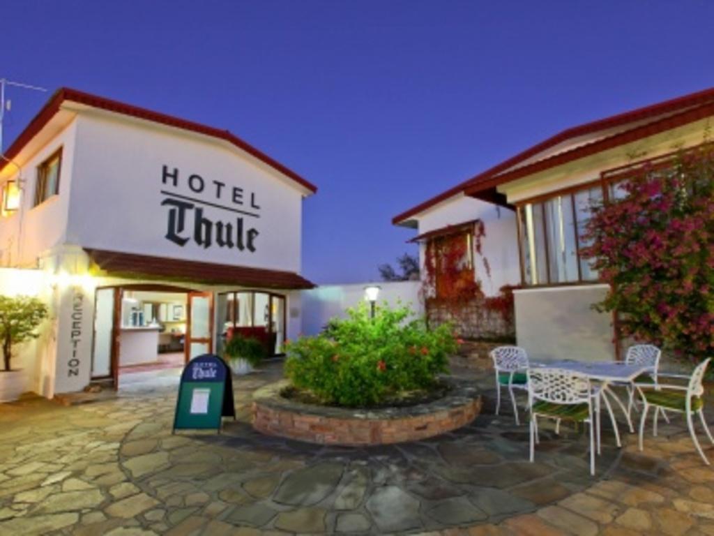 Thule ***(*) in Windhoek