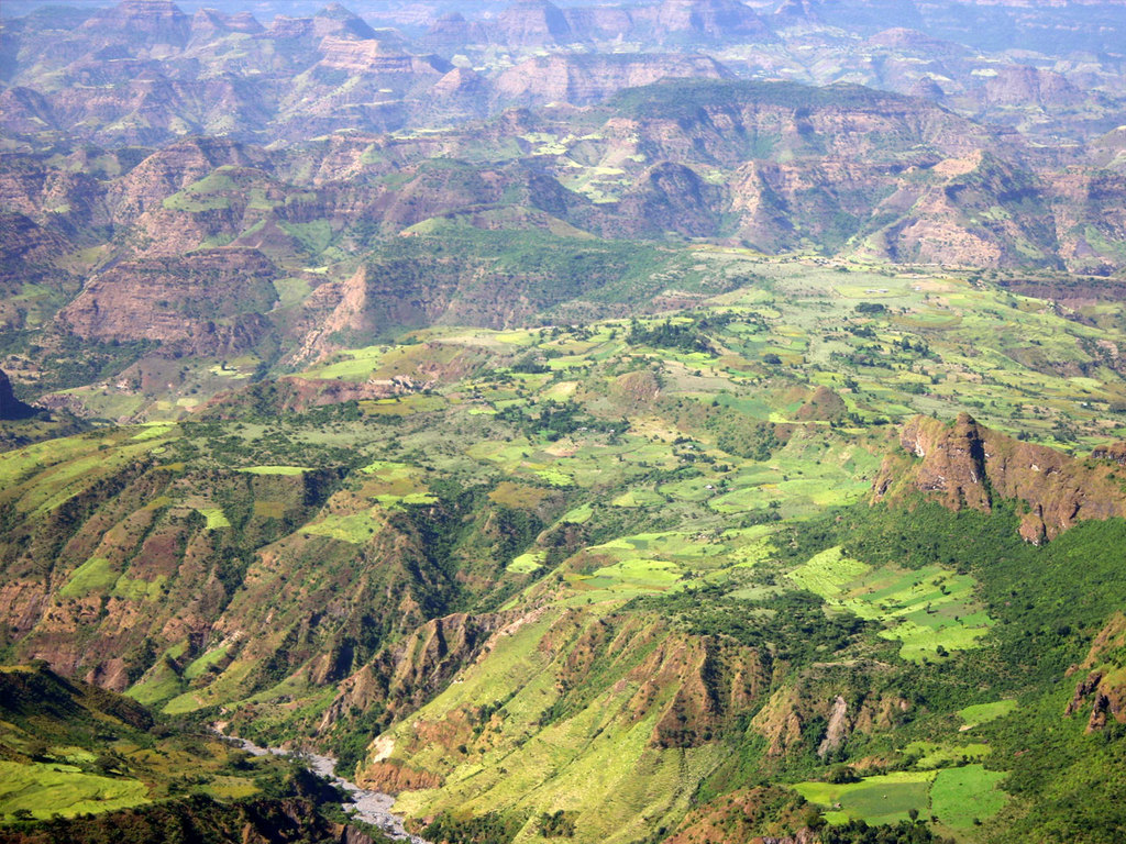 Gondar – Simien-Mountains N.P.: Fahrt via Debark