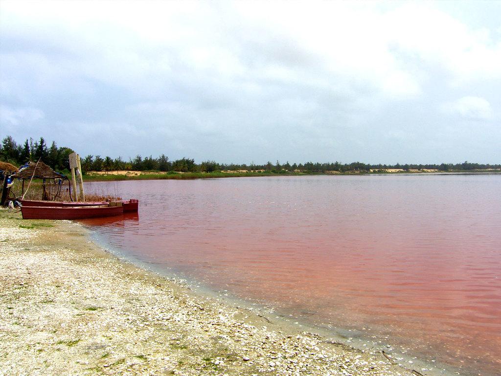 Dakar – Lac Rose – Thiès – Saint-Louis: Begegnung mit Salzbauern am See und Marktbesuch in Thiès